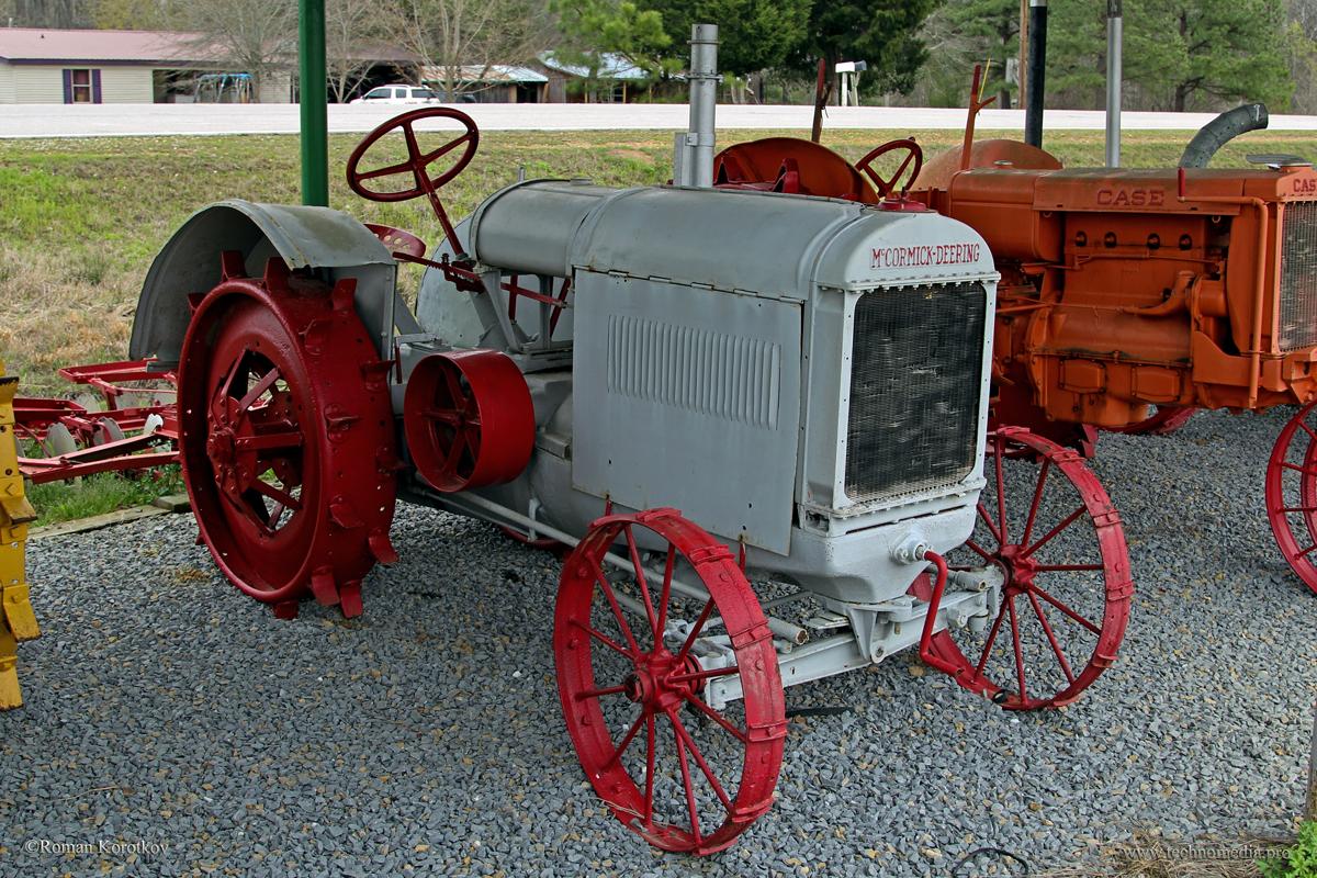 Ретро трактора John Deere, McCormick, Case, Fordson